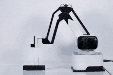 Hexbot The Modular All In 1 Desktop Robotic Arm 1