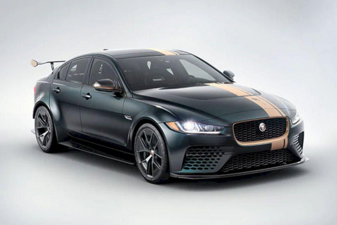 Jaguar XE SV Project 8 6