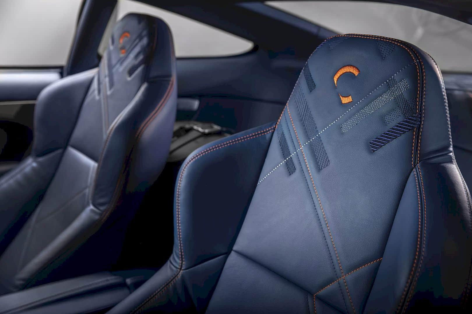 Aston Martin Vanquish 25 1