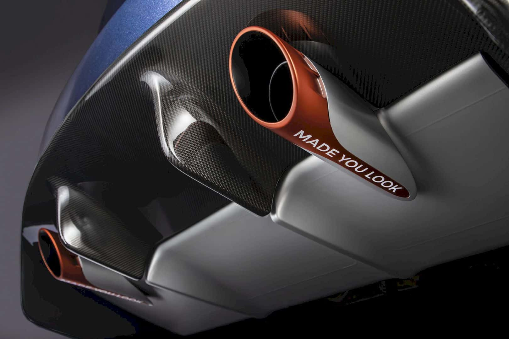 Aston Martin Vanquish 25 3