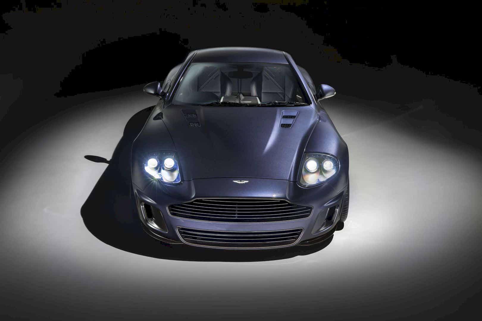 Aston Martin Vanquish 25 8