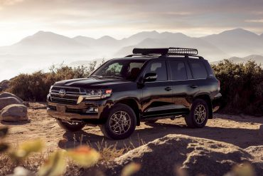 2020 Toyota Land Cruiser 3