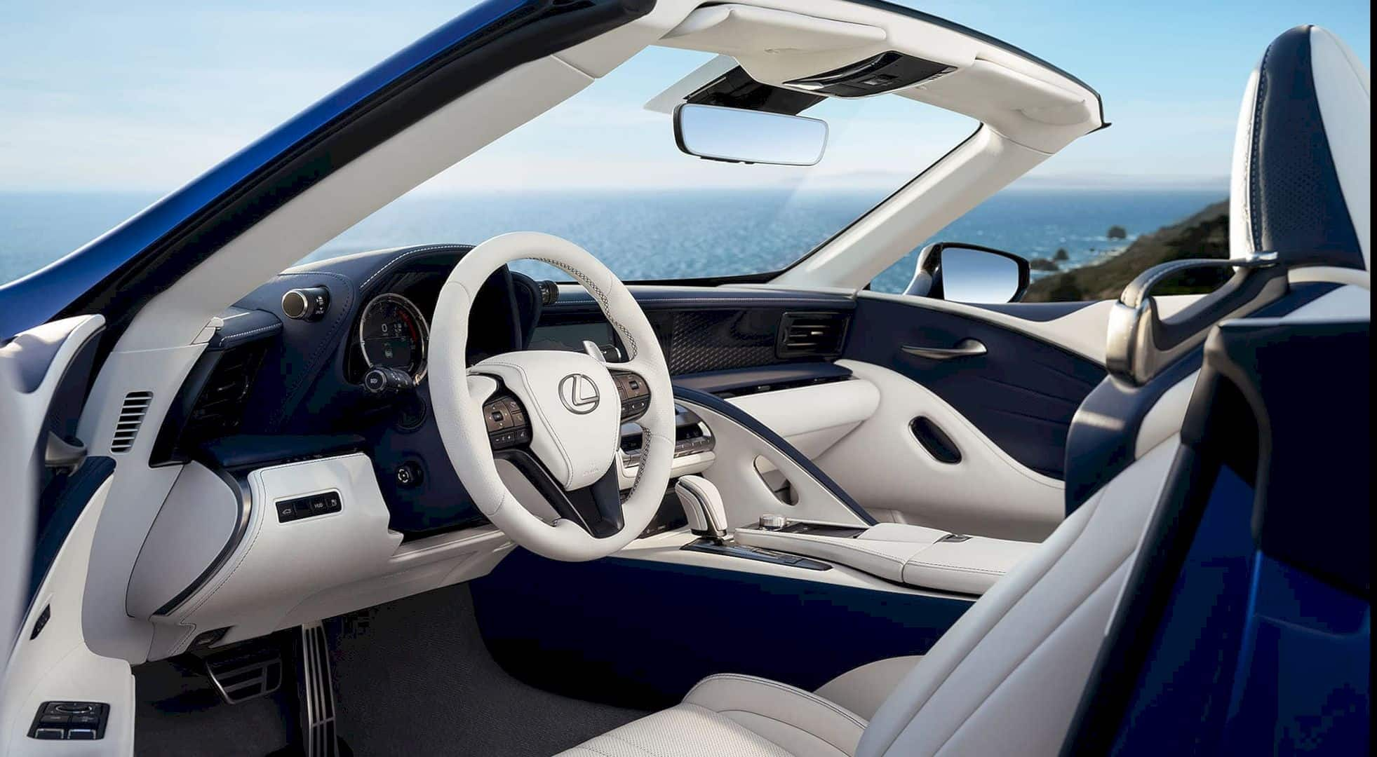 Lexus LC 500 Convertible 10
