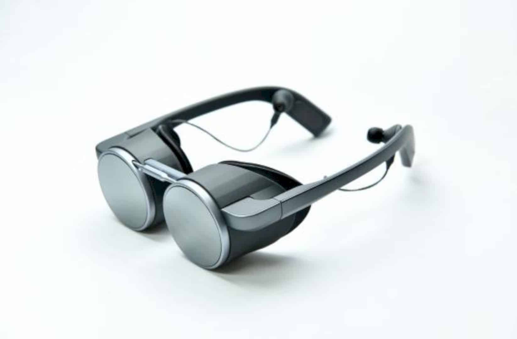Panasonic HD 1 Capable UHD VR Eyeglasses 3