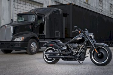 Harley Davidson 2020 Fat Boy® 114 Motorcycle 3