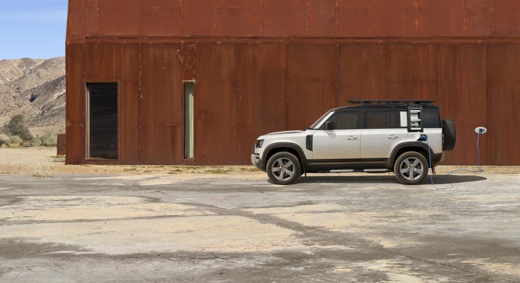 Land Rover Defender Plug In Hybrid 27