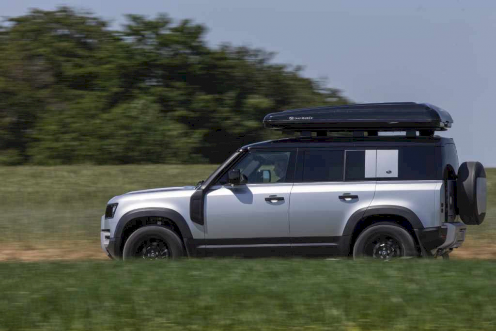 Land Rover X Autohome New Defender 110 Roof Tent 6