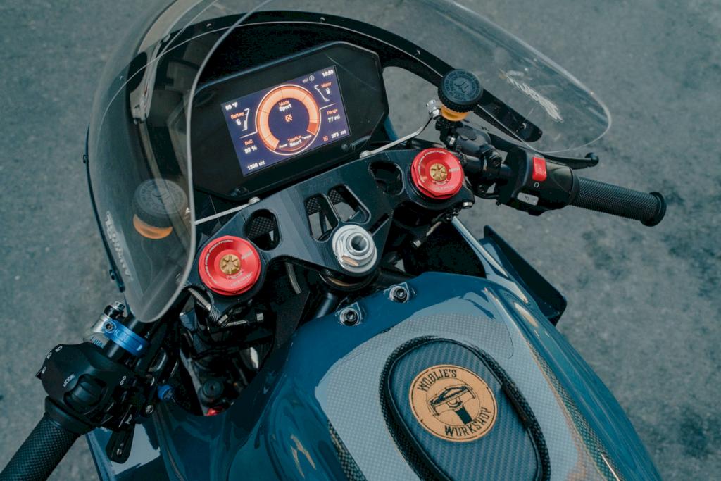 Zero Motorcycles Deus Ex Machina 5