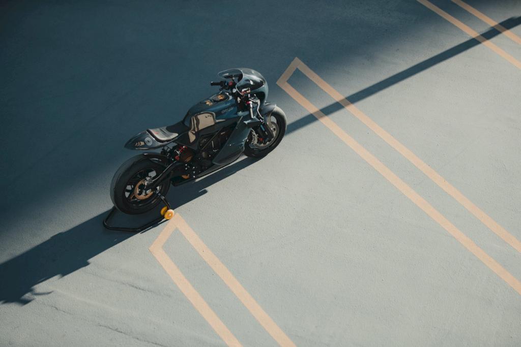 Zero Motorcycles Deus Ex Machina 9
