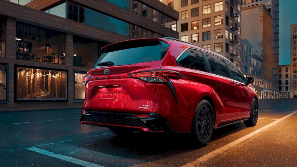 2021 Toyota Sienna 6