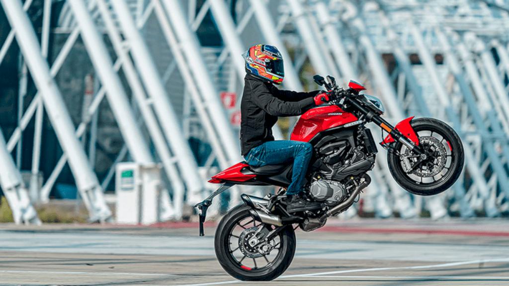 Ducati New Monster 3