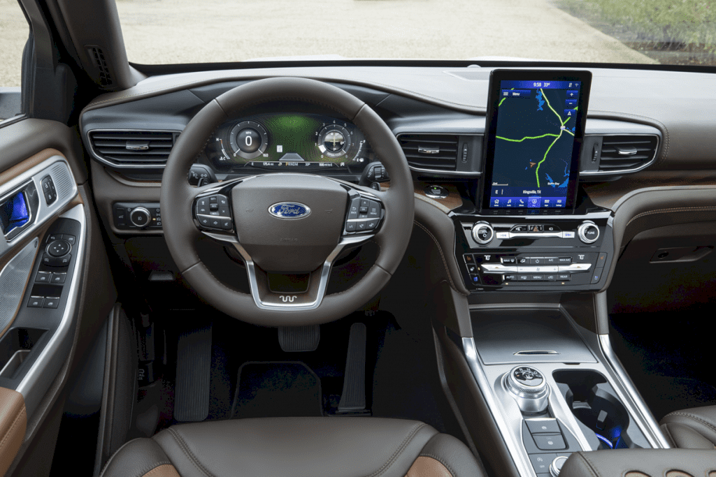 2021 Ford Explorer King Ranch Edition 1