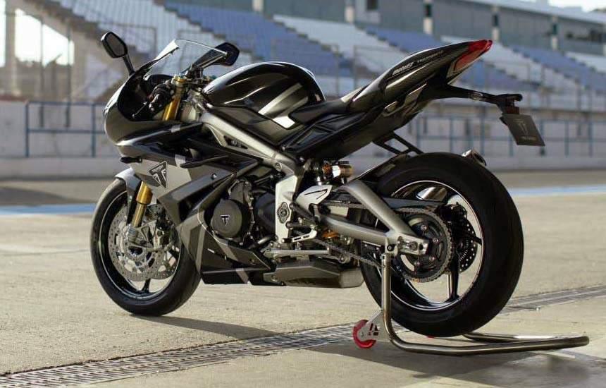 Daytona Moto2 765 3