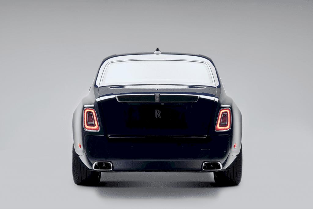 Rolls Royce Koa Phantom 5